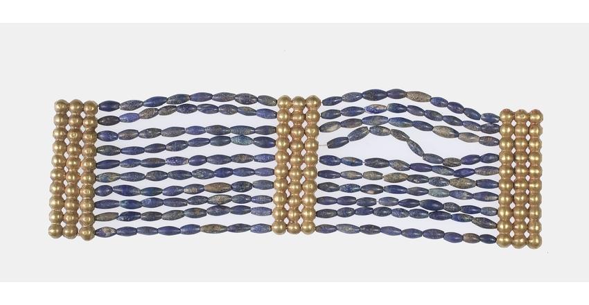 Браслет из золотых бусин и ляпис-лазури времен 12 династии